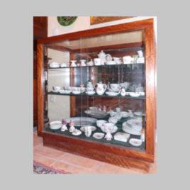 Schauvitrine mit Schiebeglas