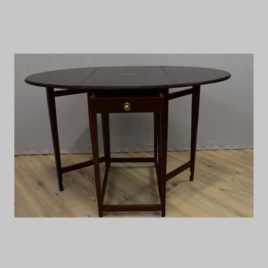 Gateleg Table, um 1900